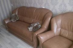 Замена велюровой обивки дивана и кресла на искусственную кожу
