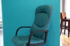 Перетяжка офисного кресла