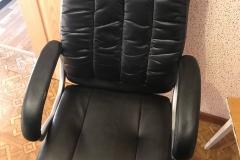 Замена обивки сидения компьютерного кресло
