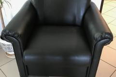 Перетяжка кресла в экокожу