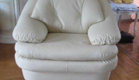 Перетяжка кресла в натуральную кожу