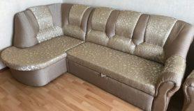 Перетяжка углового дивана в жаккардовую ткань